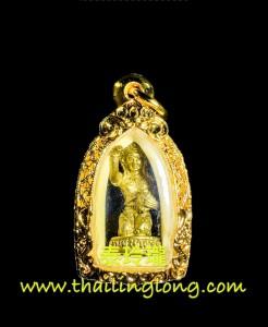 M01 屈拍漆布里-- 龍婆孔 2555 招財女神抱錢袋 小立尊 (黃銅版) 大模
